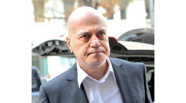 Слави Трифонов: Електронно дистанционно гласуване - коалиция само с този, който стои зад него