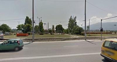 """Двамата мъже карали жените край трамвайното депо в кв. """"Красна поляна"""""""