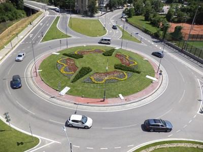 Новото кръгово кръстовище на Шиваров мост СНИМКА: Община Габрово