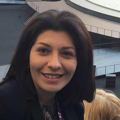 Севделина Арнаудова. Снимка Фейсбук