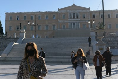 Броят на заразените с коронавирус в Гърция се повиши рязко. СНИМКА: РОЙТЕРС
