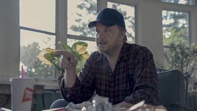 Тим Робинс в кадър от сериала  СНИМКА: © 2019 WARNER BROS. ENTERTAINMENT INC. ALL RIGHTS RESERVED