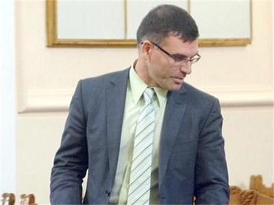 Вицепремиерът Симеон Дянков обеща минимално вдигане на осигуровките. СНИМКА: РУМИ ТОНЕВА