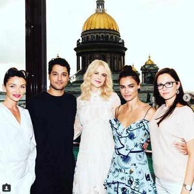Диляна Попова се запознава с Никол Кидман на среща в Санкт Петербург с над 20 инфлуенсъри от цял свят. СНИМКА: Личен архив