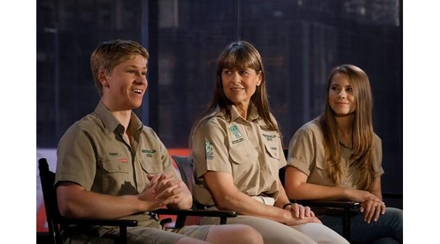 """Семейството на """"Ловецът на крокодили"""" спаси 90 хиляди животни в Австралия"""