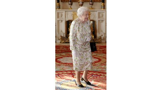 Младеж нахлу в Бъкингамския дворец, на метри от спящата Елизабет Втора