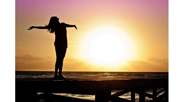 Парадоксът щастие: Бъгове в мозъка ни пречат да се радваме на живота