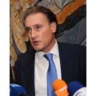 Кирил Домусчиев е председател на УС на Конфедерацията на работодателите и индустриалците в България ( КРИБ ) от 2014 г.