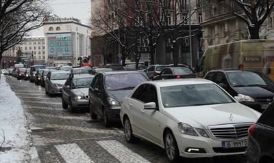 """С такса """"задръстване"""" големите градове по света решават проблемите с тапите."""