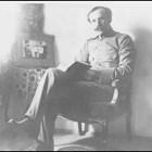 Кой е съветникът в сянка на цар Борис III и Петър Дънов