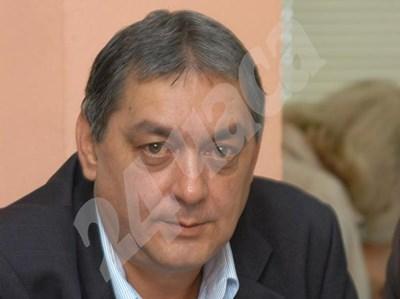Д-р Райчинов е председател на лекарския съюз. СНИМКА: 24 часа