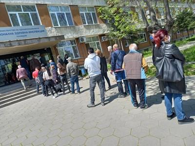 Ваксините в РЗИ-Пловдив са можели да се развалят.