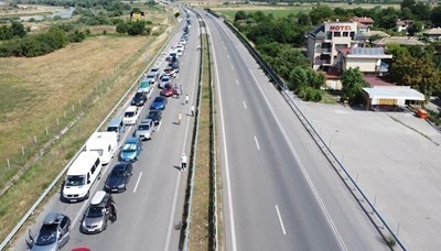 Вече я няма километричната колона от леки коли на ГКПП Кулата. Снимка 24 ЧАСА