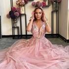 19-годишният модел и певица Биляна Лазарова - Биляниш: Не искам никога да завися от мъж!