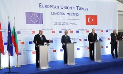Борисов, Туск, Ердоган и Юнкер на пресконференцията след срещата във Варна СНИМКА: Министерски съвет