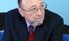 Бившият ни посланик в Скопие: От научна гледна точка няма македонски език, но от политическа - да