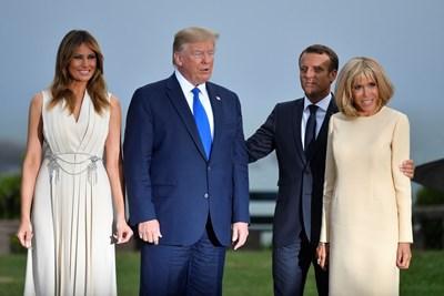 Мелания и Доналд Тръмп и семейство Макрон