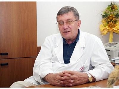 Острите възпаления на задстомашната жлеза може да протекат тежко, обяснява проф. Чернев.