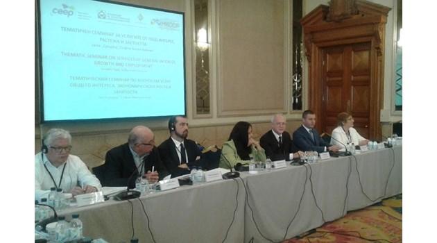Горанов: Не може през 15 мин. да тръгват автобуси за Бургас и влакът да е пълен (Обновена)