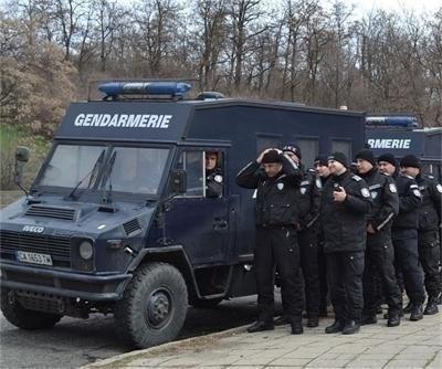 Жандармерия във Ветово заради акция срещу телефонни измамници