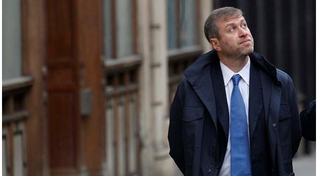 """И най-богатият руснак Абрамович обеднява. Собственикът на """"Челси"""" загуби $12 млрд. за 10 години"""
