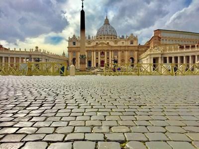 """Базиликата """"Св. Петър"""" е дълга 193 метра. СНИМКИ: АВТОРЪТ"""
