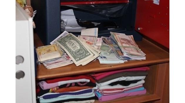 Бизнесменът Миню Стайков остава в ареста за постоянно