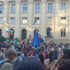 Протестът в защита на Радев се пренесе пред Съдебната палата Снимки: Цветелина Стефанова