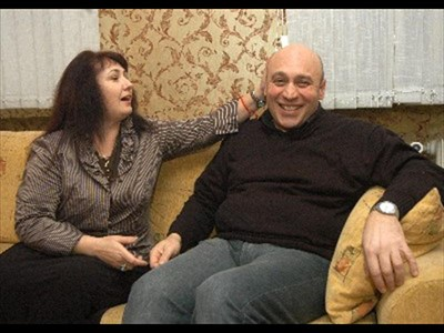 Кръстю Лафазанов и Елена Начева в гримьорната в Народния театър