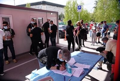 Над 11 853 ваксини са поставени в мобилните имунизационни пунктове в София през уикендите през лятото  СНИМКА: ВЕЛИСЛАВ НИКОЛОВ