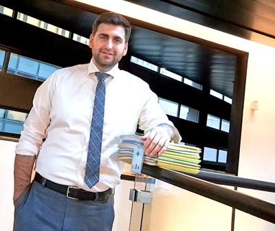 Андрей Новаков спечели пленарната зала в Страсбург и издейства рекордно увеличение на парите за България.