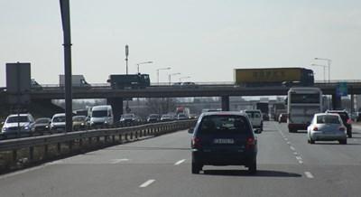 Толтаксите зависят от големината на превозното средство и от евростандарта му. СНИМКА: СНИМКА: РУМЯНА ТОНЕВА