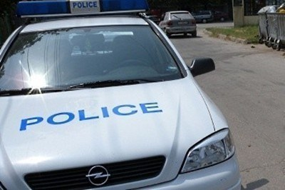 9d2e2d607d4 Разкриха крадени автомобили, антични предмети, оръжия и боеприпаси в ...
