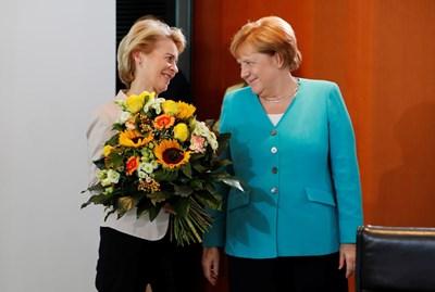 Ангела Меркел и Урсула фон дер Лайен - председател на Европейската комисия. Снимки: Ройтерс