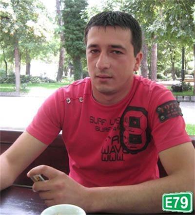 Уволненият пощальон Димитър Новачки.