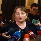 Новата социална министърка Деница Сачева обеща бърз преглед работят ли новите закони.