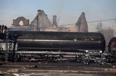 Съдебно-техническата експертиза за скоростта на влака и пожаро-техническата експертиза за експлозията са готови.