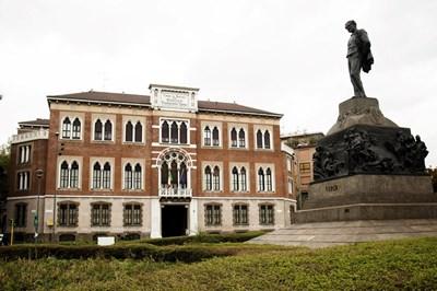 Джузепе Верди издържа създадения от него старчески дом в Милано и 120 г. след смъртта си