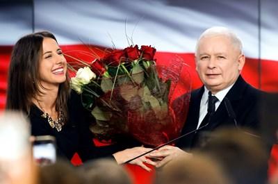 ПиС на Ярослав Качински получава 43,6 на сто от гласовете и 239 места в 460-местната долна камара на парламента. Снимка РОЙТЕРС