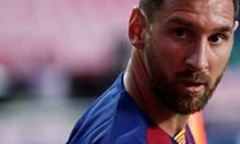 """Трус от осма степен удари """"Барселона"""" заради бунта на Меси"""