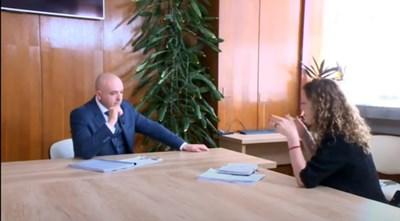 Скрийншот от интервюто на Миролюба Бенатова с ген. Венцислав Мутафчийски