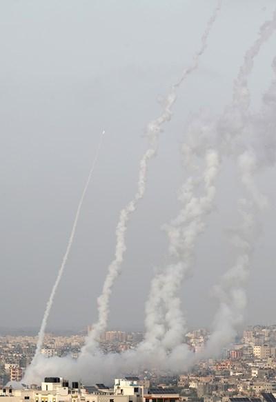 Бомбандировки на Хамас в ивицата Газа СНИМКА: РОЙТЕРС