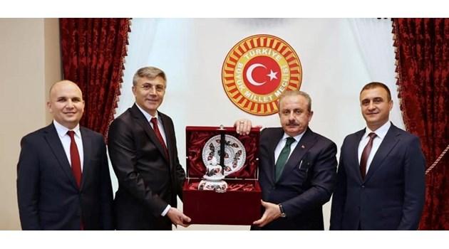 Коя е родината на Мустафа Карадайъ и турци ли са тукашните наследници на османците