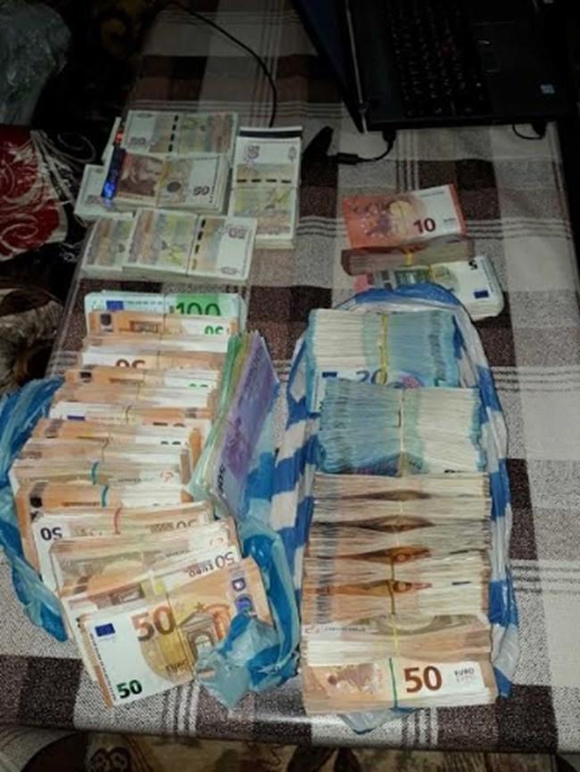 Хванатите в Сандански дилъри действали от 2017 г., четирима опитали да избягат (Снимки)
