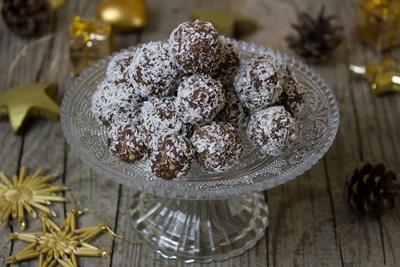 Нещо вкусно: Сурови бонбони с кокос