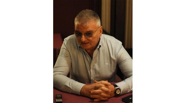 Христо Сираков: