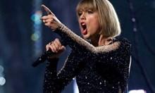 """Тейлър Суифт запази челната си позиция в класацията на """"Билборд"""" за албуми"""