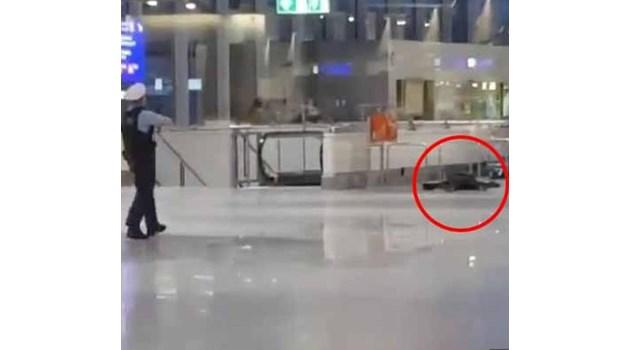 Стрелба на летището във Франкфурт (видео)