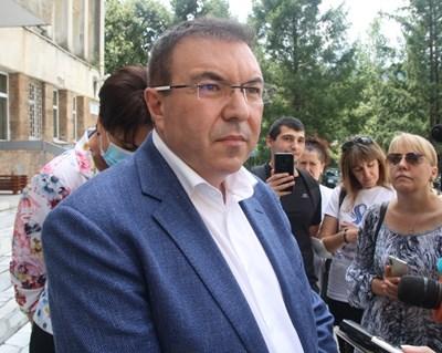 Здравният министър проф. Костадин Ангелов - ракетата носител на ГЕРБ във Велико Търново