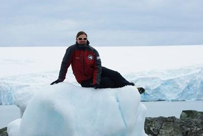 Д-р Гергана Георгиева по време на експедицията си в Антарктика.  СНИМКА: ЛИЧЕН АРХИВ